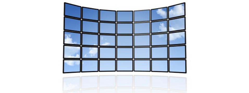 Alquiler de proyectores y pantallas para congresos y eventos
